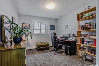 Photo 10: 402 1435 Embassy Drive in Saskatoon: Holiday Park Residential for sale : MLS®# SK850886