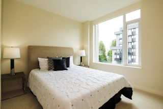 """Photo 13: 1103 1925 ALBERNI Street in Vancouver: West End VW Condo for sale in """"LAGUNA PARKSIDE"""" (Vancouver West)  : MLS®# R2618862"""