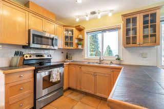 Photo 10: 936 BAKER Drive in Coquitlam: Chineside House for sale : MLS®# R2568852