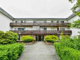 "Photo 1: 304 910 FIFTH Avenue in New Westminster: Uptown NW Condo for sale in ""Grosvenor Court"" : MLS®# R2520752"