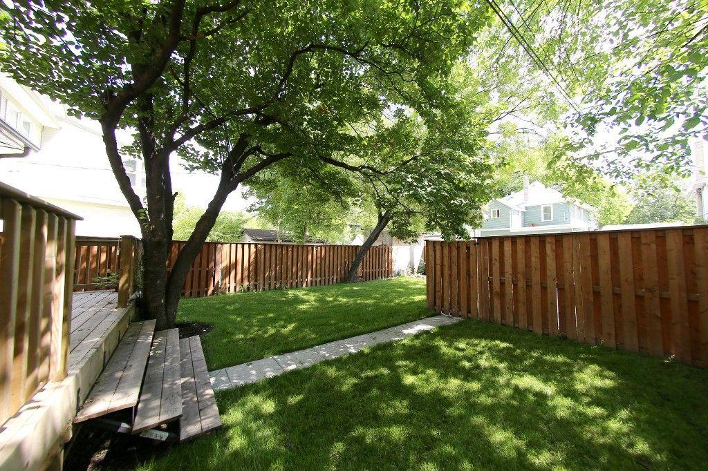 Photo 3: Photos: 453 Greenwood Place in Winnipeg: Wolseley Single Family Detached for sale (West Winnipeg)  : MLS®# 1516914