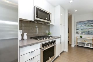 """Photo 10: 313 277 W 1 Street in North Vancouver: Lower Lonsdale Condo for sale in """"West Quay"""" : MLS®# R2252206"""