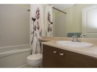 """Photo 18: 77 18983 72A Avenue in Surrey: Clayton Townhouse for sale in """"KEW"""" (Cloverdale)  : MLS®# R2034361"""