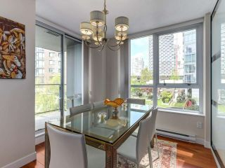 """Photo 11: 502 1495 RICHARDS Street in Vancouver: Yaletown Condo for sale in """"Yaletown"""" (Vancouver West)  : MLS®# R2264375"""