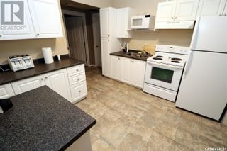 Photo 5: 304 1st ST W in Delisle: House for sale : MLS®# SK852362