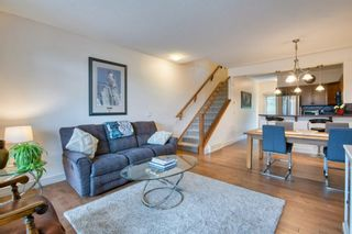 Photo 3: 2 172 Rockyledge View NW in Calgary: Rocky Ridge Row/Townhouse for sale : MLS®# A1152738