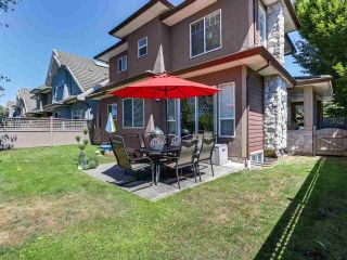 """Photo 2: 46 3363 ROSEMARY HEIGHTS Crescent in Surrey: Morgan Creek Townhouse for sale in """"ROCKWELL"""" (South Surrey White Rock)  : MLS®# R2289421"""