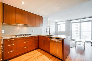 """Photo 5: 2507 1155 THE HIGH Street in Coquitlam: North Coquitlam Condo for sale in """"M1"""" : MLS®# R2341233"""