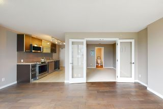"""Photo 2: 601 13688 100 Avenue in Surrey: Whalley Condo for sale in """"ONE PARK PLACE"""" (North Surrey)  : MLS®# R2465164"""