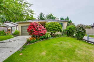 Photo 1: 14812 17th Street in Surrey: Sunnyside Park Surrey House for sale (South Surrey White Rock)