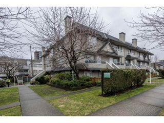 """Photo 2: 209 3938 ALBERT Street in Burnaby: Vancouver Heights Townhouse for sale in """"HERITAGE GREEN"""" (Burnaby North)  : MLS®# R2146061"""