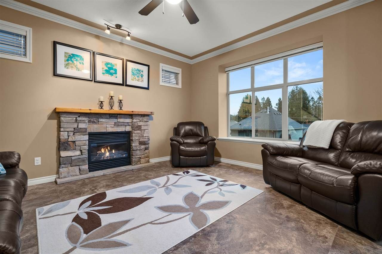 """Photo 11: Photos: 30 36169 LOWER SUMAS MOUNTAIN Road in Abbotsford: Abbotsford East House for sale in """"JUNCTION CREEK"""" : MLS®# R2518585"""