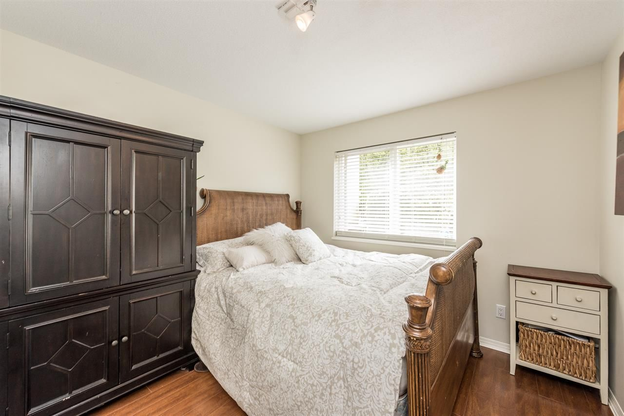 """Photo 15: Photos: 101 130 W 22 Street in North Vancouver: Central Lonsdale Condo for sale in """"THE EMERALD"""" : MLS®# R2159416"""