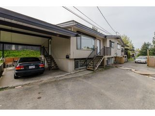 Photo 2: 2317 - 2319 SOUTHDALE Crescent in Abbotsford: Abbotsford West Duplex for sale : MLS®# R2080109
