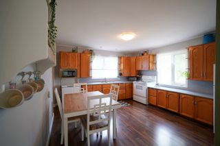 Photo 19: 6 2nd Ave in Oakville: House for sale : MLS®# 202121068