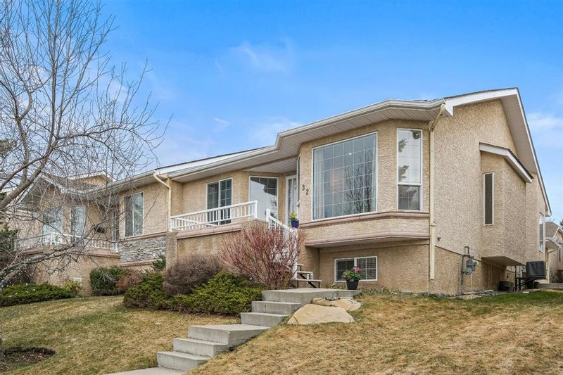 FEATURED LISTING: 32 Sierra Morena Way Southwest Calgary