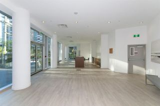 """Photo 17: 318 38 W 1ST Avenue in Vancouver: False Creek Condo for sale in """"THE ONE"""" (Vancouver West)  : MLS®# R2576246"""