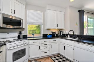 Photo 12: 855 Ballow Way in San Marcos: Residential for sale (92078 - San Marcos)  : MLS®# NDP2108005