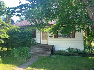Main Photo: 324 Lindsay Street in Winnipeg: River Heights North Residential for sale (1C)  : MLS®# 202014738