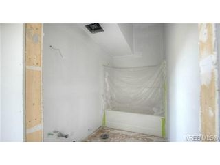Photo 13: 919 Nel Hamerton Pl in VICTORIA: La Florence Lake House for sale (Langford)  : MLS®# 676749