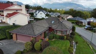 """Photo 39: 624 CLEARWATER Way in Coquitlam: Coquitlam East House for sale in """"RIVER HEIGHTS"""" : MLS®# R2622495"""