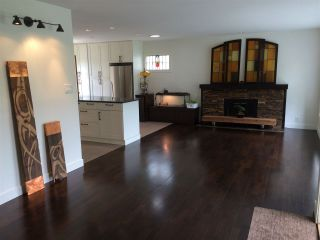 """Photo 5: 1371 OAKWOOD Crescent in North Vancouver: Norgate House for sale in """"Norgate"""" : MLS®# R2097548"""
