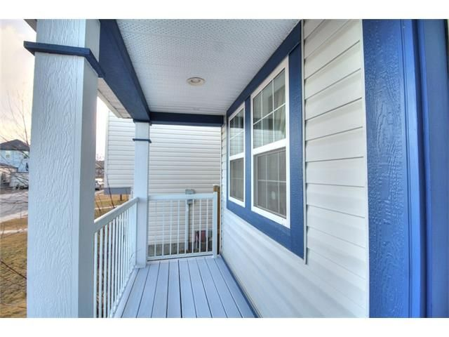 Photo 4: Photos: 606 EVERMEADOW Road SW in Calgary: Evergreen House for sale : MLS®# C4053479