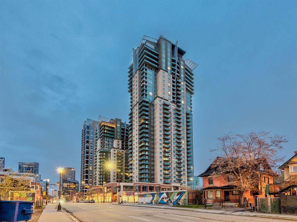 Main Photo: 3303 210 15 Avenue SE in Calgary: Beltline Apartment for sale : MLS®# A1101976