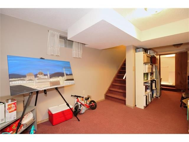 Photo 18: Photos: 108 SHAWGLEN Road SW in Calgary: Shawnessy House for sale : MLS®# C4038520
