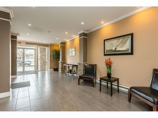 """Photo 4: 108 33338 MAYFAIR Avenue in Abbotsford: Central Abbotsford Condo for sale in """"The Sterling"""" : MLS®# R2558852"""