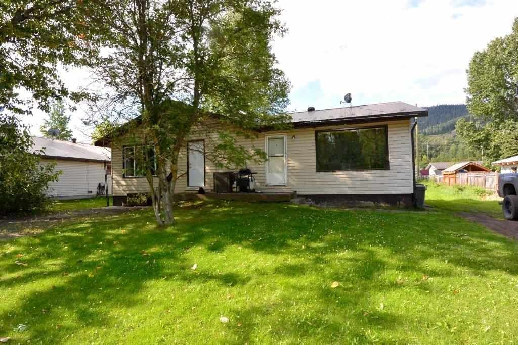 Main Photo: 3523 ALFRED Avenue in Smithers: Smithers - Town Duplex for sale (Smithers And Area (Zone 54))  : MLS®# R2487438