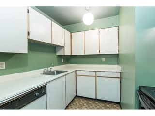 """Photo 6: 105 10644 151A Street in Surrey: Guildford Condo for sale in """"LINCOLN'S HILL"""" (North Surrey)  : MLS®# R2431314"""