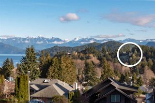 """Photo 32: 313 SKYLINE Drive in Gibsons: Gibsons & Area House for sale in """"THE BLUFF"""" (Sunshine Coast)  : MLS®# R2560064"""