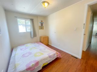 """Photo 8: 29 9132 120 Street in Surrey: Queen Mary Park Surrey Manufactured Home for sale in """"SCOTT PLAZA"""" : MLS®# R2577479"""