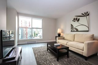 "Photo 3: 1107 1323 HOMER Street in Vancouver: Yaletown Condo for sale in ""PACIFIC POINT"" (Vancouver West)  : MLS®# R2386198"