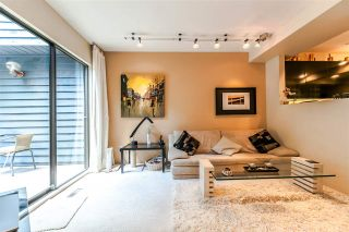 """Photo 4: 836 HENDECOURT Road in North Vancouver: Lynn Valley Townhouse for sale in """"LAURA LYNN"""" : MLS®# R2202973"""