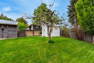 Photo 15: 2026 Cedar Cres in : CV Courtenay City House for sale (Comox Valley)  : MLS®# 874733