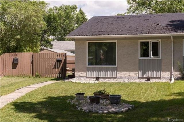 Photo 2: Photos: 427 Dowling Avenue in Winnipeg: East Transcona Residential for sale (3M)  : MLS®# 1716134