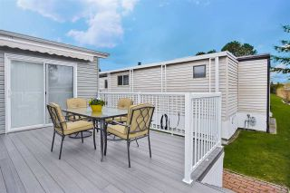 """Photo 20: 51 2120 KING GEORGE Boulevard in Surrey: King George Corridor Manufactured Home for sale in """"Five Oaks"""" (South Surrey White Rock)  : MLS®# R2454981"""