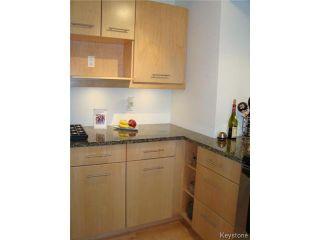 Photo 12: 114 Beechtree Crescent in WINNIPEG: St Vital Residential for sale (South East Winnipeg)  : MLS®# 1512269