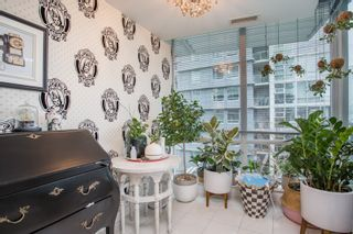 """Photo 7: 503 638 BEACH Crescent in Vancouver: Yaletown Condo for sale in """"Icon"""" (Vancouver West)  : MLS®# R2430003"""