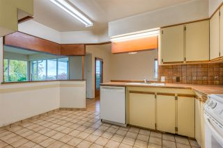 Photo 9: 788 TUDOR Avenue in North Vancouver: Forest Hills NV House for sale : MLS®# R2414818