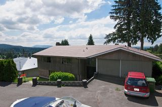 Photo 2: 1141 KILMER RD in North Vancouver: Lynn Valley House for sale : MLS®# V1009360