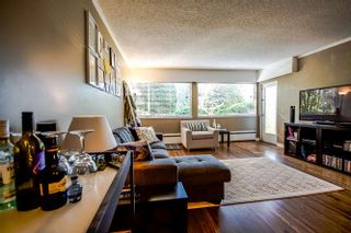 "Photo 10: 2 1450 CHESTERFIELD Avenue in North Vancouver: Central Lonsdale Condo for sale in ""MOUNTAINVIEW"" : MLS®# R2051749"