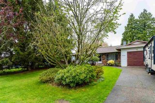 Photo 2: 13883 92A Avenue in Surrey: Bear Creek Green Timbers House for sale : MLS®# R2572890