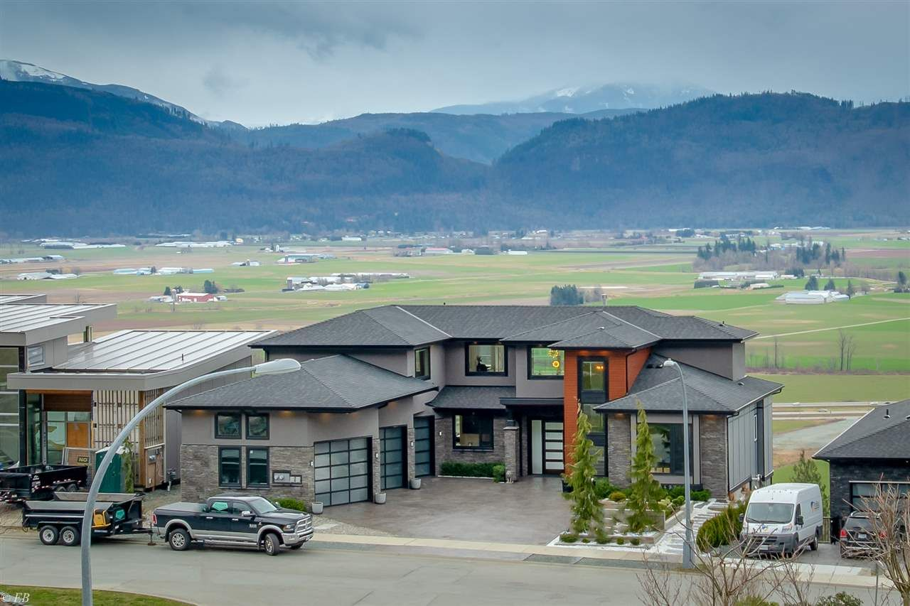 Photo 37: Photos: 36498 FLORENCE DRIVE in Abbotsford: Abbotsford East House for sale : MLS®# R2550580