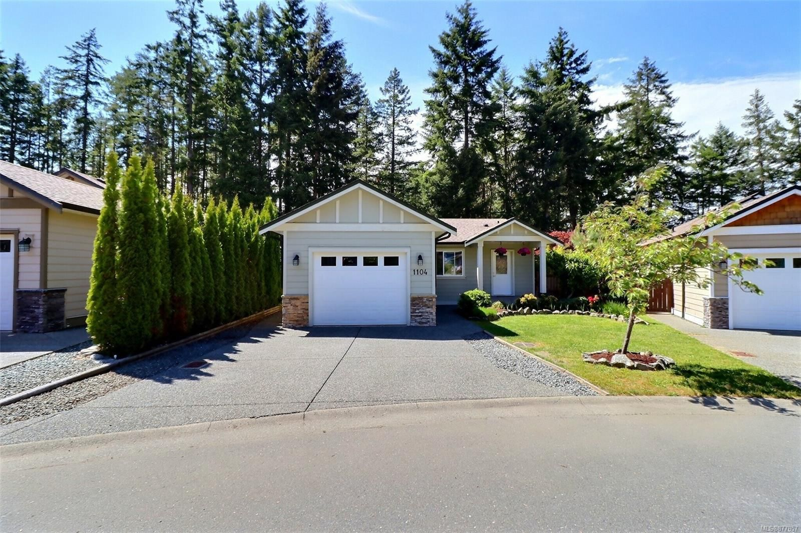 Main Photo: 1104 Fitzgerald Rd in : ML Shawnigan House for sale (Malahat & Area)  : MLS®# 877857