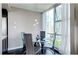 Photo 8: # 1608 193 AQUARIUS ME in Vancouver: Yaletown Condo for sale (Vancouver West)  : MLS®# V1013693
