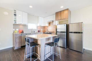 """Photo 15: 311 9350 UNIVERSITY HIGH Street in Burnaby: Simon Fraser Univer. Townhouse for sale in """"LIFT"""" (Burnaby North)  : MLS®# R2575953"""