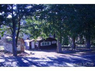 Photo 1: 3017 Glen lake Rd in VICTORIA: La Glen Lake House for sale (Langford)  : MLS®# 501092